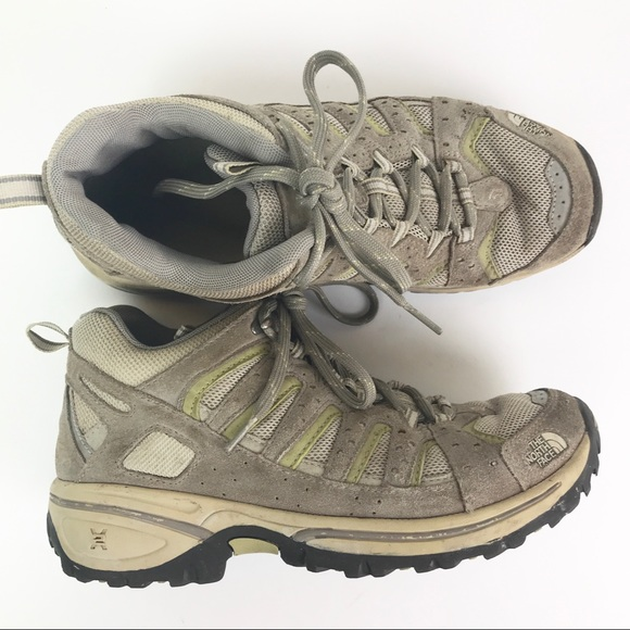b7afb3754b0 North Face women's hiking boots size 9